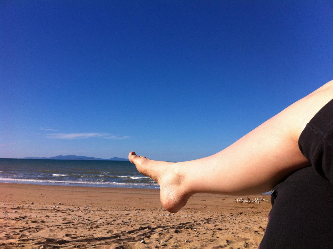 noha, pláž